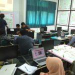 Presentasi Praktikum PTLF di Lab Menggambar Teknik & PTLF Jurusan Teknik Industri AKPRIND