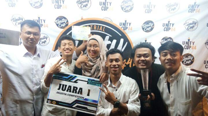 Caffeine Raih Juara 1 Lomba Akustik Antar Teknik Industri se-D.I Yogyakarta