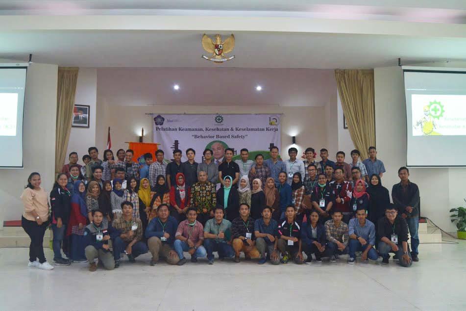 Pelatihan Kesehatan Keselamatan Kerja Teknik Industri di Auditorium IST AKPRIND Yogyakarta (7/4/2018)