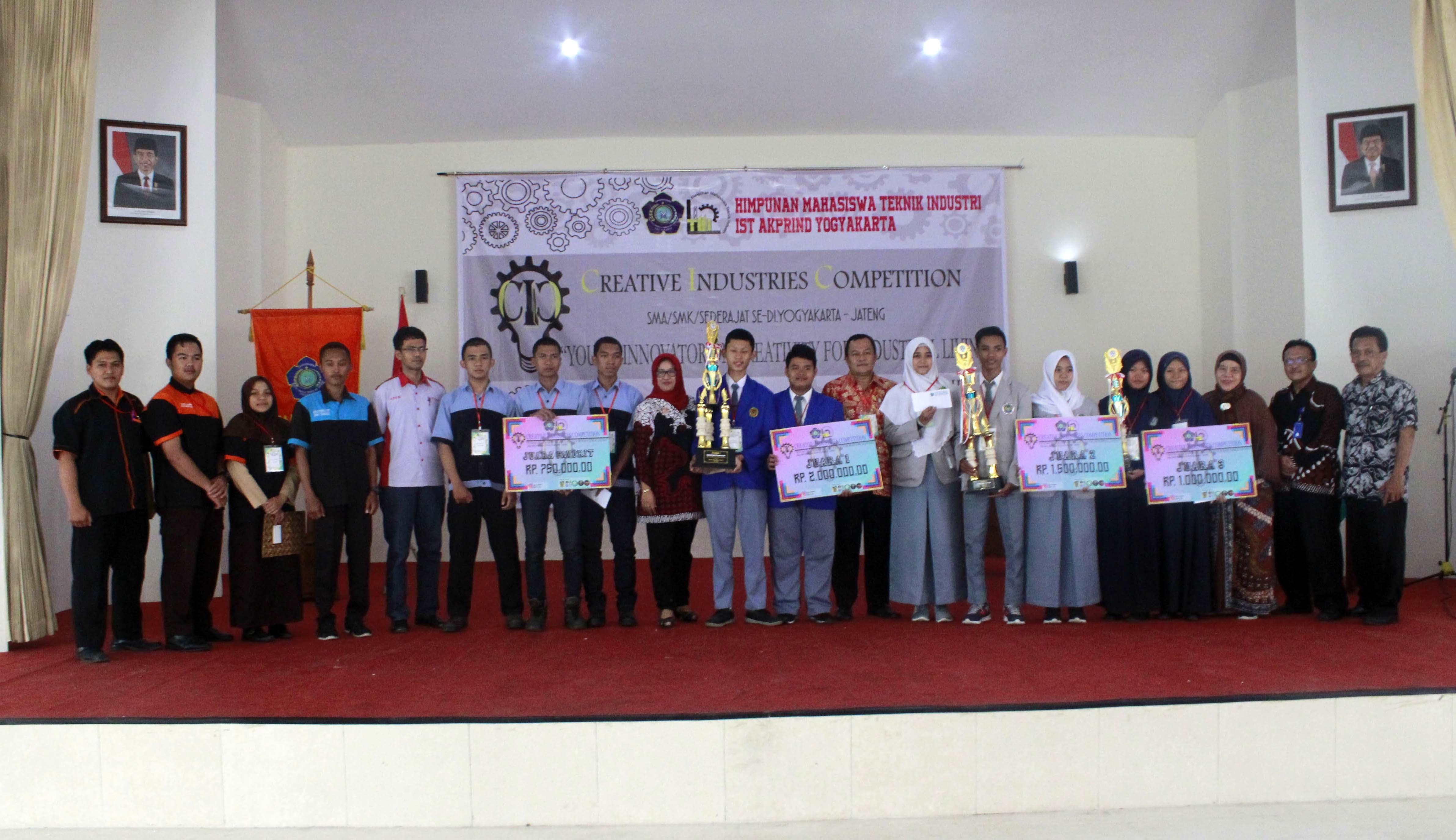 Penyerahan hadiah CIC 2018 tingkat SMA-SMK Sederajat Jurusan Teknik Industri