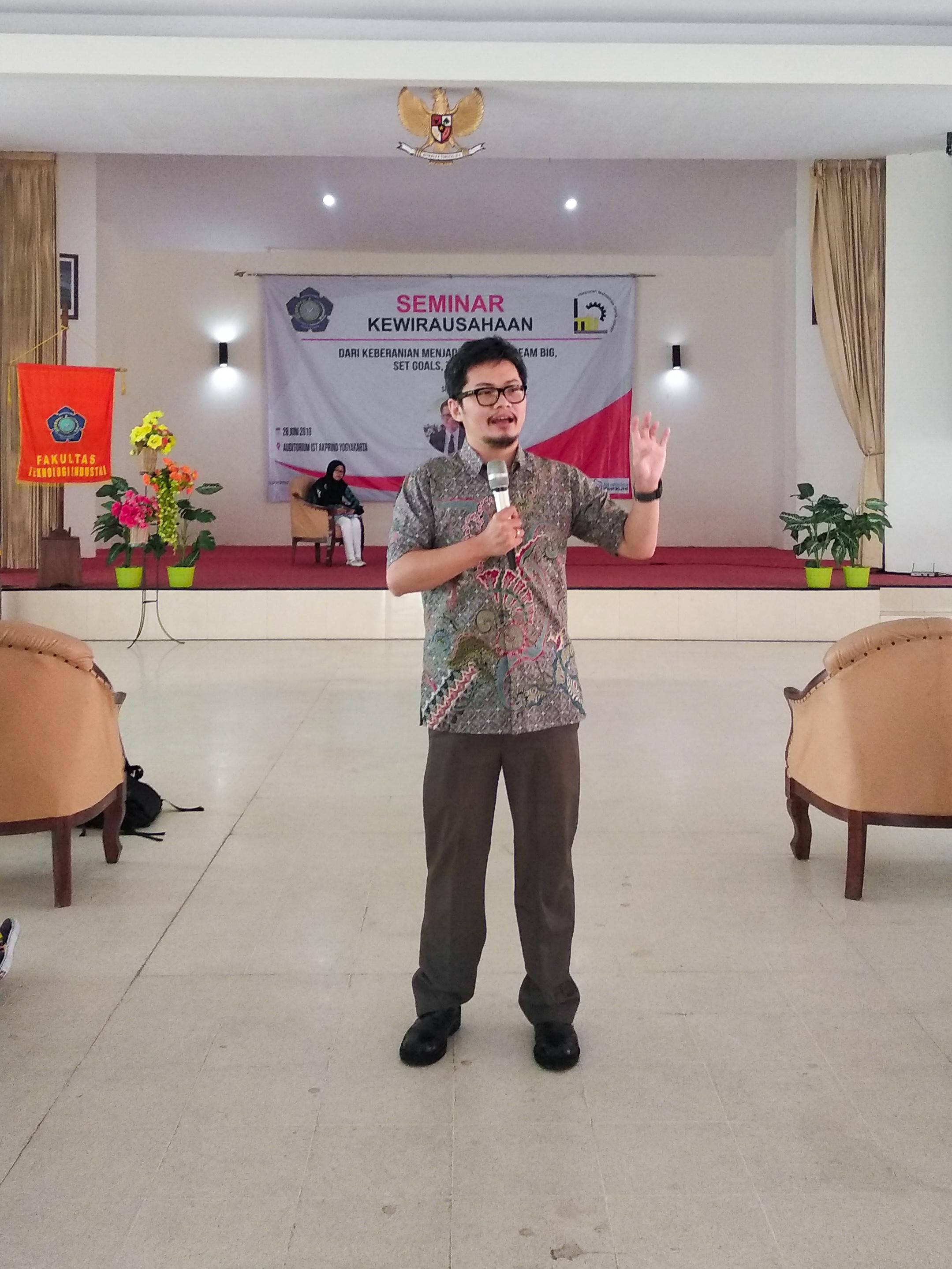 Seminar kewirausahaan Even Alex Chandra
