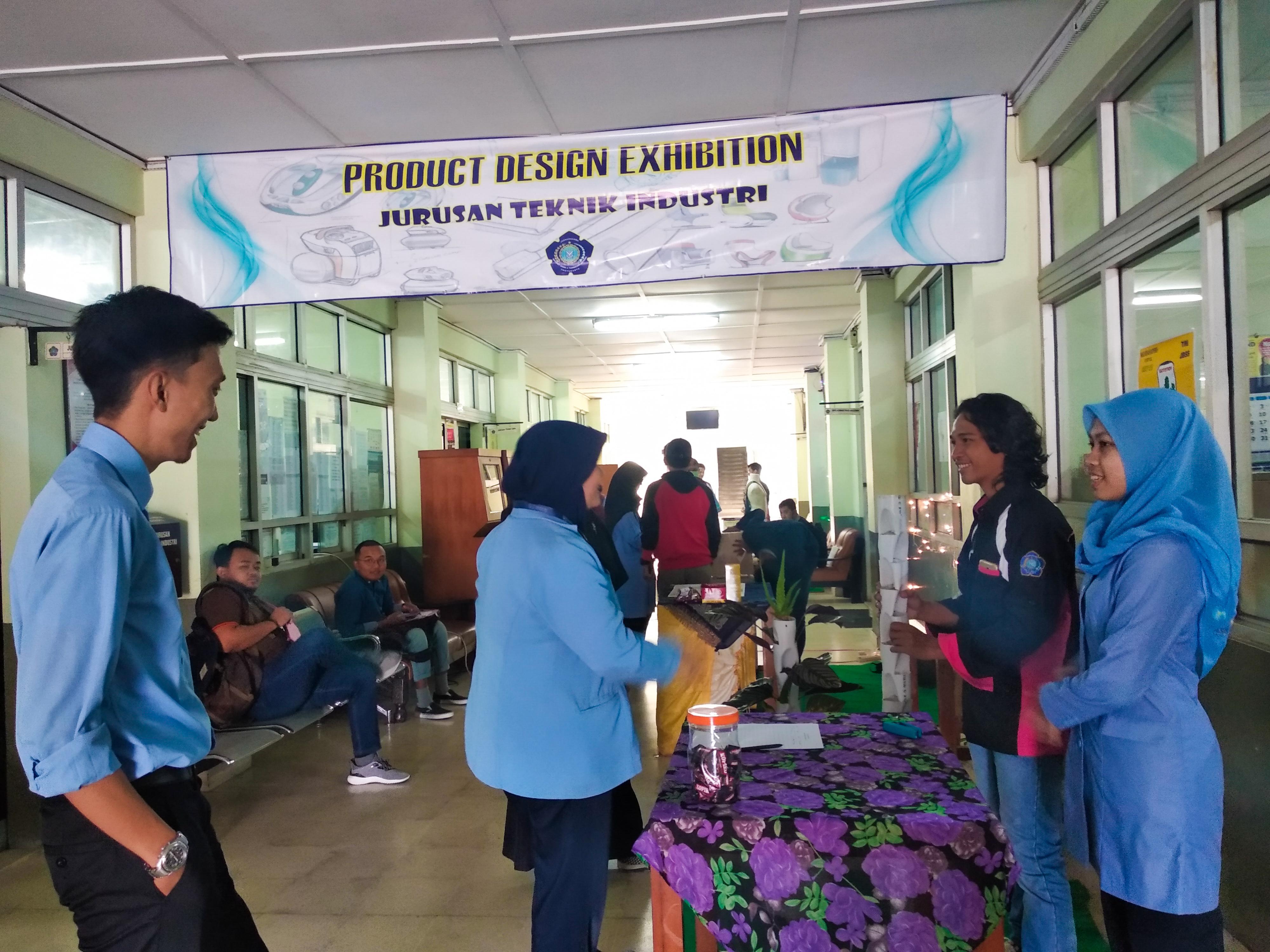 Gelar Product Design Exhibition, Mahasiswa Teknik Industri Buat Produk Ramah Lingkungan