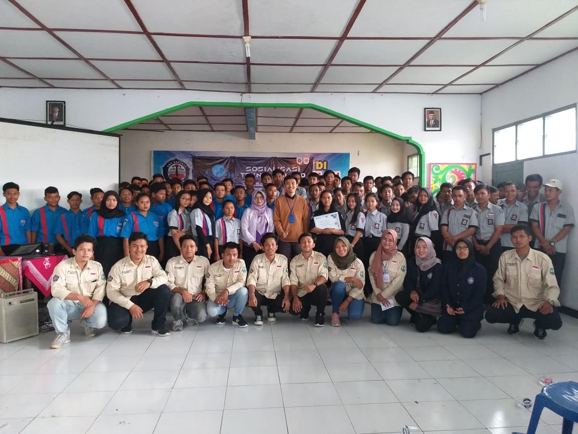 Sosialisasi Teknologi Industri 4.0 Di SMK Sanjaya Muntilan